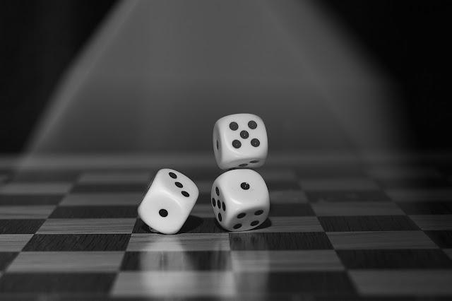 8 Cara Bermain Dadu pada Berbagai Permainan