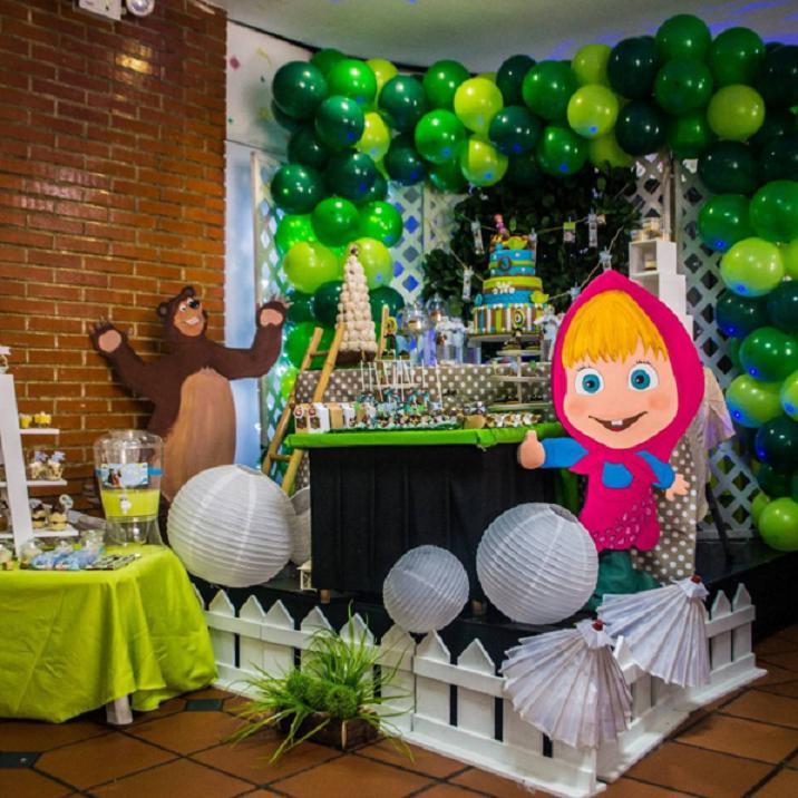 Decoracion con globos de masha y el oso - Decoracion fiesta cumpleanos infantil ...