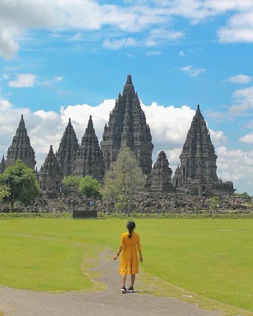 Wisata religi di Candi Prambanan Yogyakarta