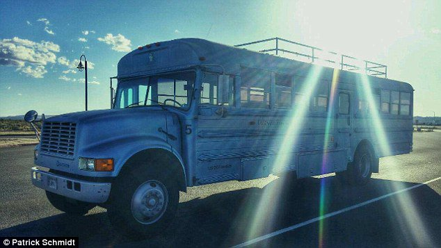 This Man Turned an Old School Bus into a Fully Equipped Mobile Home