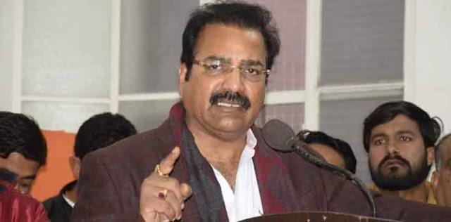 उन्होंने राजस्थान शिक्षक कांग्रेस राज्य स्तरीय सम्मेलन में भी शिरकत की