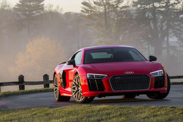 Audi R8 (205 mph)
