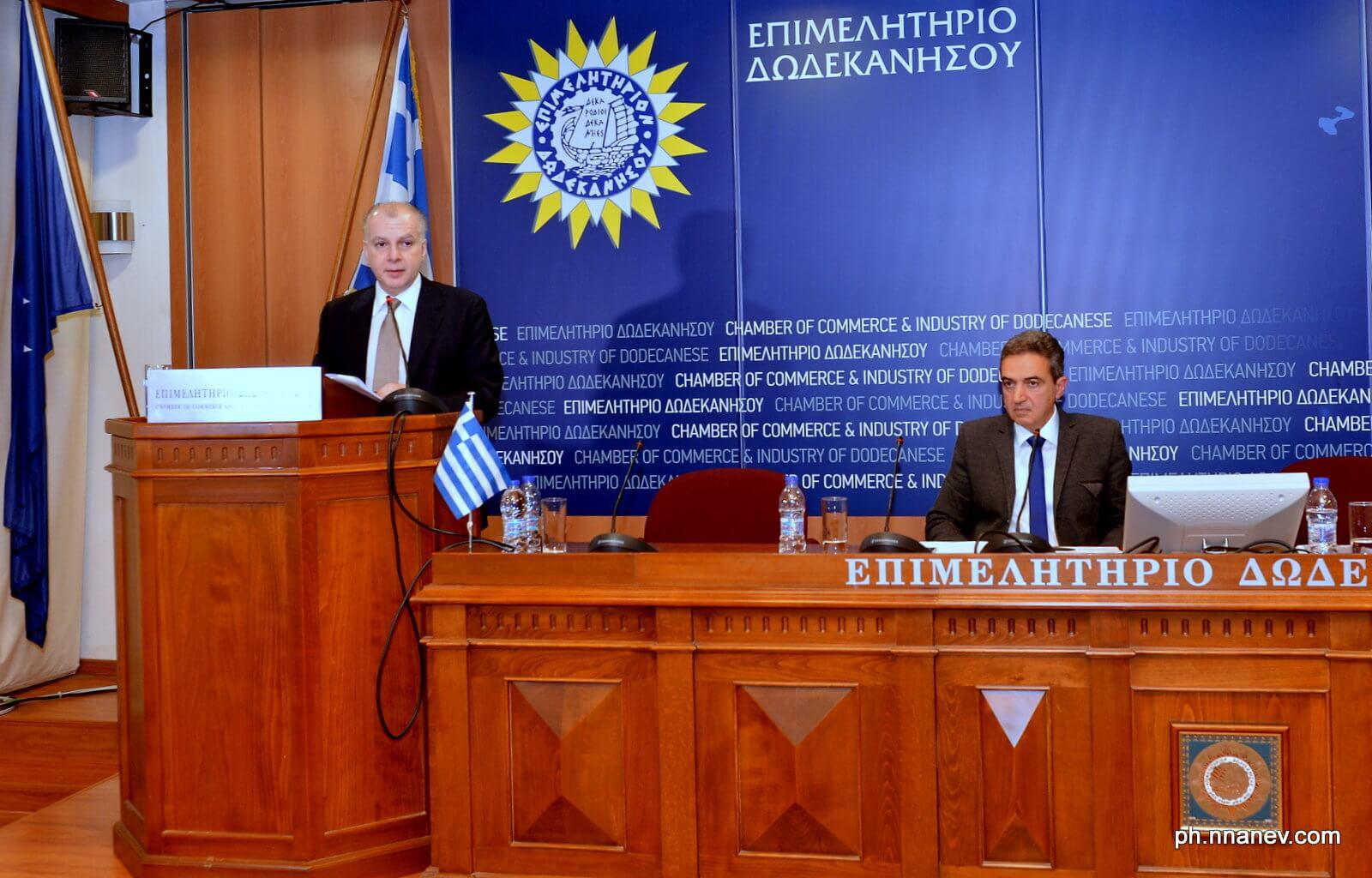 Ο πρόεδρος της ΕΞΡ Αντώνης Καμπουράκης και ο αντιπρόεδρος του ΣΕΤΕ Κώστας  Κωνσταντινίδης 44ab8fdc2a6