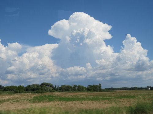 building cumulus clouds