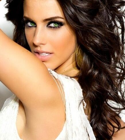 Short Hair Style Guide And Photo Brown Hair Color With Blue Eyes