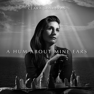 CLara Sanabras - A hum about mine ears