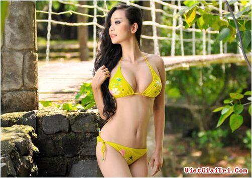 Những bộ ngực đẹp nhất của Mỹ nhân Việt 9