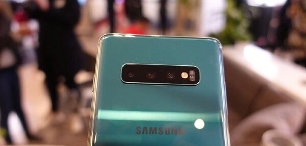كاميرا هاتف Galaxy S10 Plus لم تستطيع التغلب على Mate 20 Pro على DxOMark