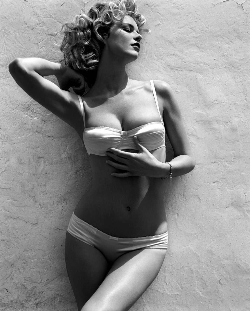 Leaked Hacked Shanda Rogers  nude (89 foto), Twitter, braless