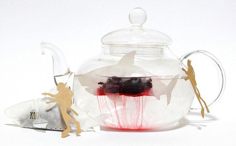 Bolsa de té con diseño de un tiburón sangrado té rojo
