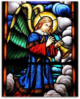 Anjo tocando trombeta - Igreja São João Batista, São João do Polêsine (RS)