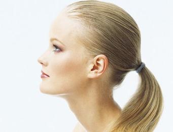 6 Trik Menata Rambut Dengan Cepat di Pagi Hari  54b7114736