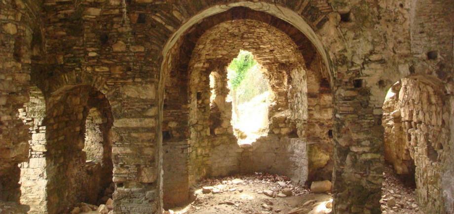 Kuşadası Kurşunlu Manastırı
