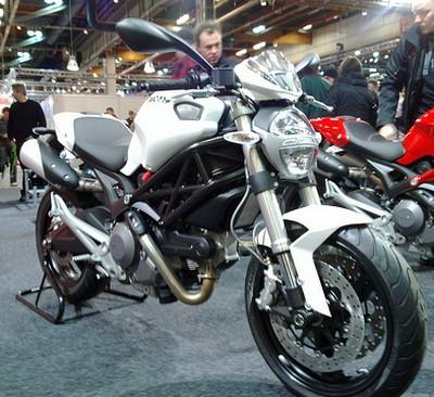Harga Ducati Monster 696