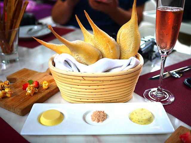 P1260977 - 熱血採訪│台中法式餐廳Beluga Restaurant&Bar,適合情人節約會的餐廳還有泳池耶