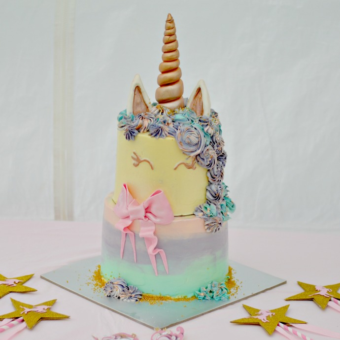 unicorn cake, unicorn first birthday party cake, vegan unicorn cake