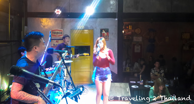 Live music at Pump Station Cafe in Nan, North Thailand