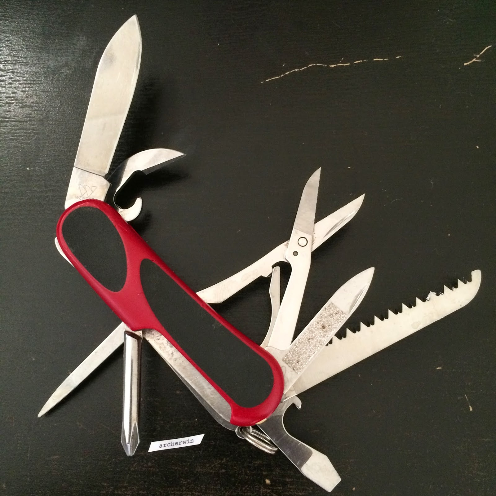 Archerwin S Swiss Army Knives Collection Wenger Evogrip