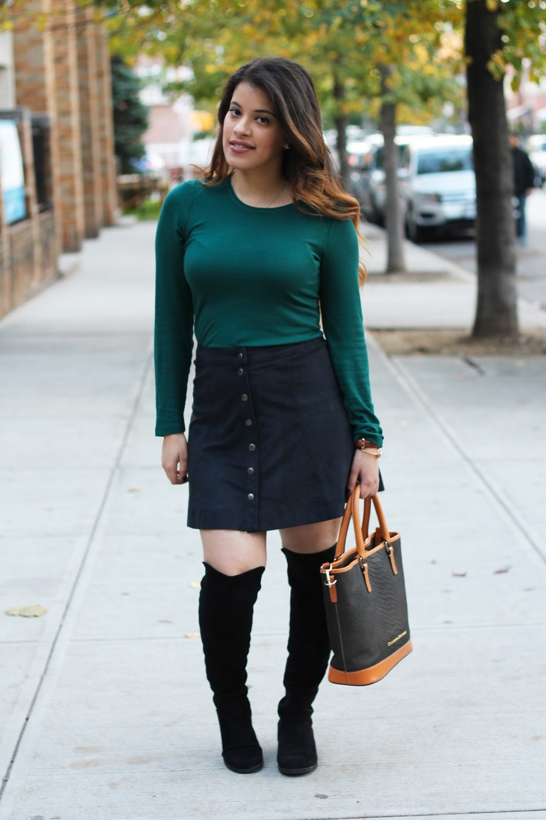 marshalls, daniel wellington, daniel wellington watch, abercrombie and fitch, Dooney and bourke, over the knee boots, button skirt, fall, fashion, latina, blogger, beautiful fall style,