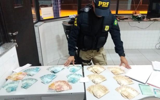 Em Canapi/AL, PRF prende três homens  por suspeita de compra de votos