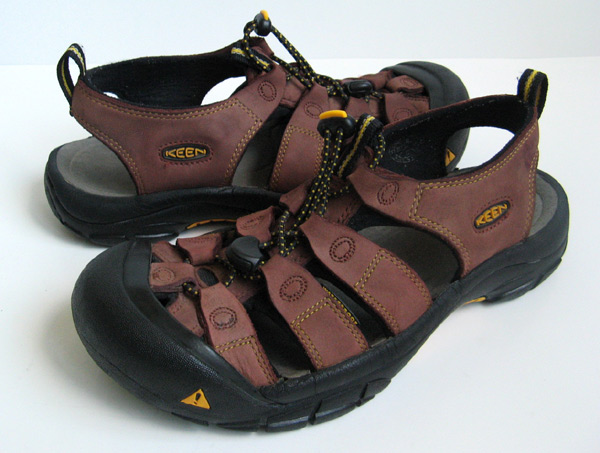 Keen Brown Leather Newport H2 Sandals Womens Size 9