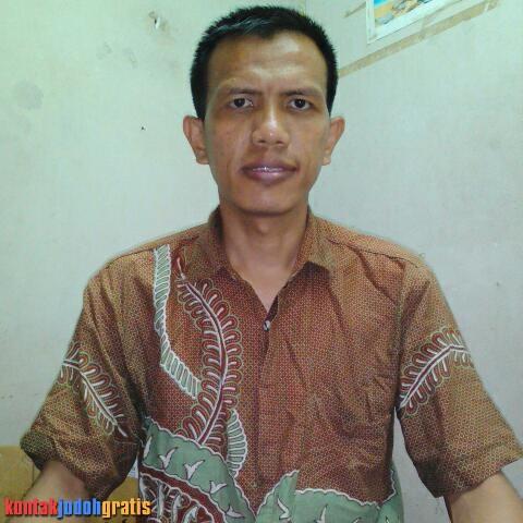Heri Yadi Karyawan Swasta Jakarta Cari Istri Setia