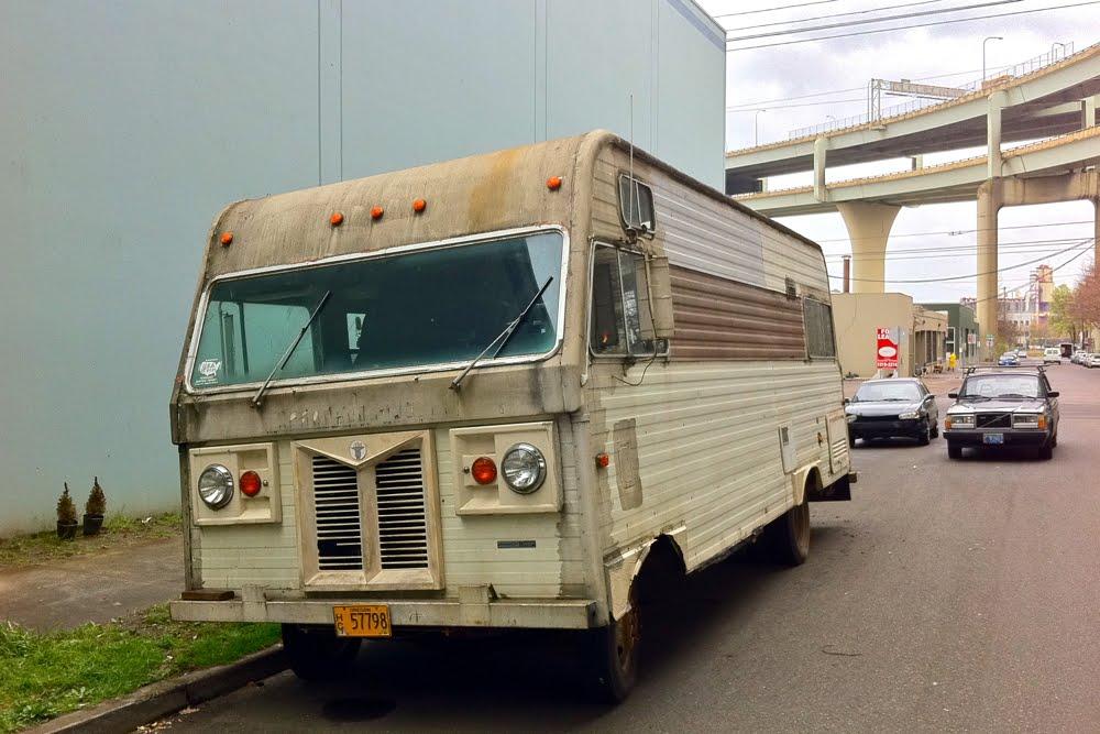 1976 Dodge Custom Motorhome – Fondos de Pantalla