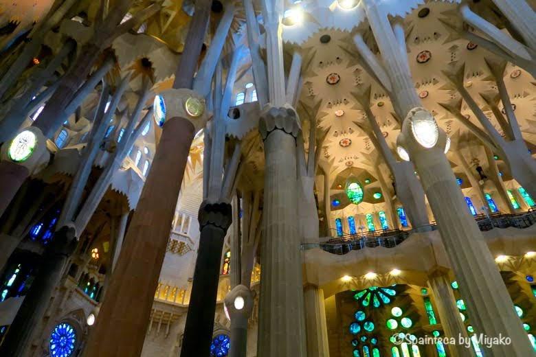 森のイメージな世界遺産サグラダ·ファミリア教会