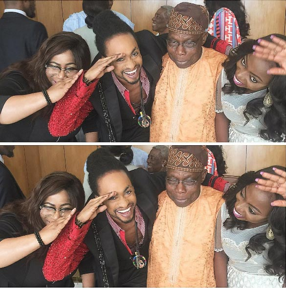 Denrele poses with former president Obasanjo