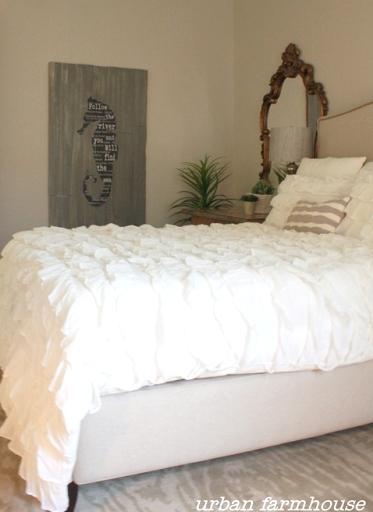 seahorse art bedroom