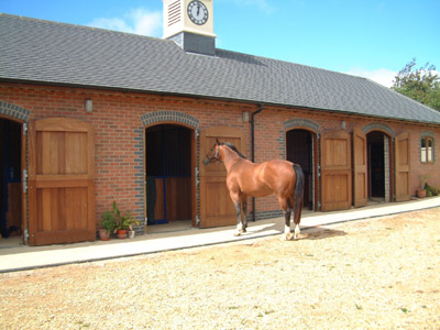 Winton House Silhouettes Amp Stables