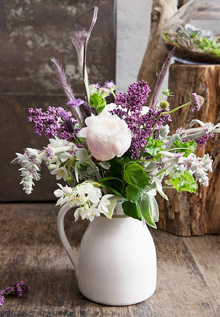 http://www.lush-fab-glam.com/2016/04/gorgeous-diy-flower-bouquets-for-your-spring-party.html