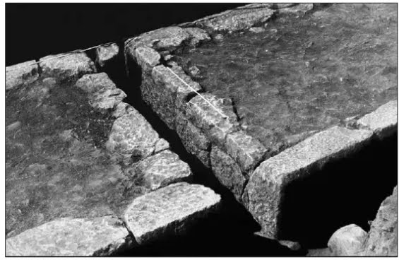 ΚΑΛΛΙΘΗΡΑ Η ΟΡΓΑΝΩΣΗ ΤΟΥ ΑΣΤΙΚΟΥ ΧΩΡΟΥ ΕΝΟΣ ΑΡΧΑΙΟΥ ΟΙΚΙΣΜΟΥ