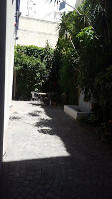 Casa chorizo patio garden