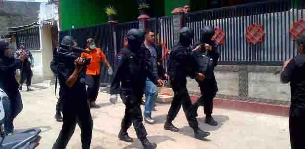 Terduga Teroris yang Ditangkap Densus 88 di Indramayu Dikabarkan Meninggal