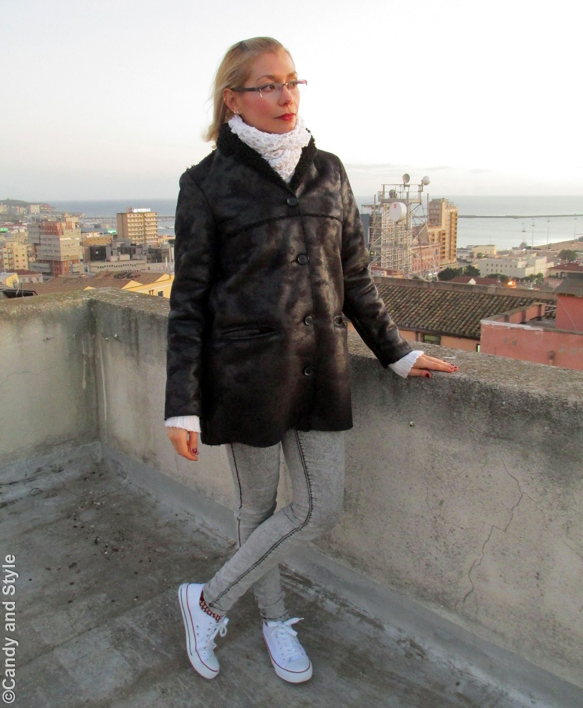 ShearlingJacket, TurtleneckSweater, Jeggings, Sneakers - Lilli Candy and Style Fashion Blog