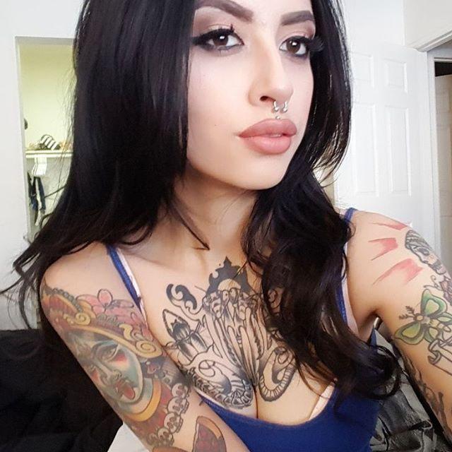 Tattooed model karla blackburn - My Interests