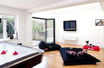 desain ruang keluarga lesehan unik