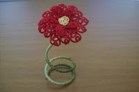 Red flower - tatting