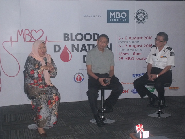 Dr Noryati bt Abu Amin, Director of National Blood Centre, Mr Lim Eng Hee, CEO of MBO Cinemas and Dato' Yeo Kim Thong, National Secretary General of St John Ambulance of Malaysia sharing on BDD3.0 with the media