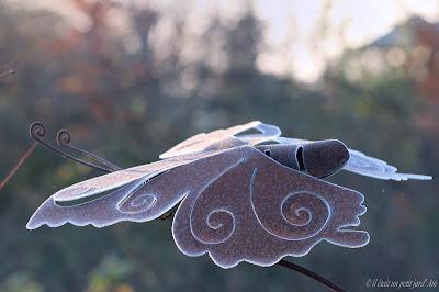 déco jardin tuteur papillon métal