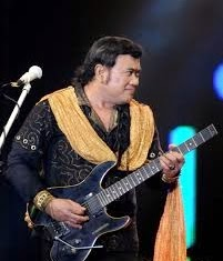 Download Lagu Dangdut Gratis Rhoma Irama - Romantika.Mp3