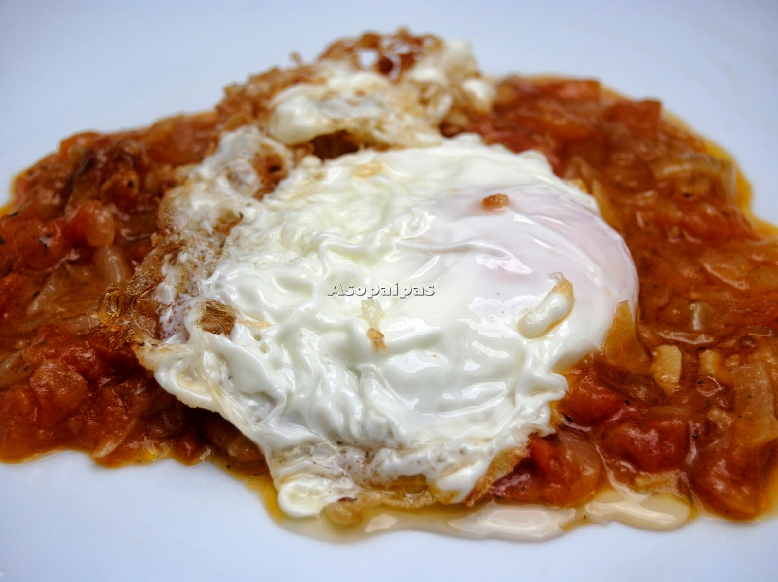 Huevos Fritos con Sofrito de Verduras de las Islas Baleares.