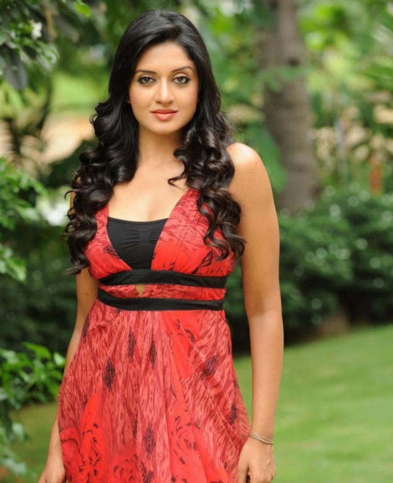 Vimala Raman Gorgeous Stills In Red Dress