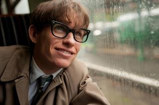 Fotograma de la película: Primer plano de Stephen Hawking