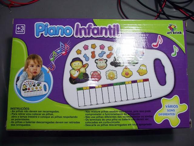 Caixa do piano de brinquedo