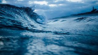 Pengertian Gelombang Laut dan Penyebabnya