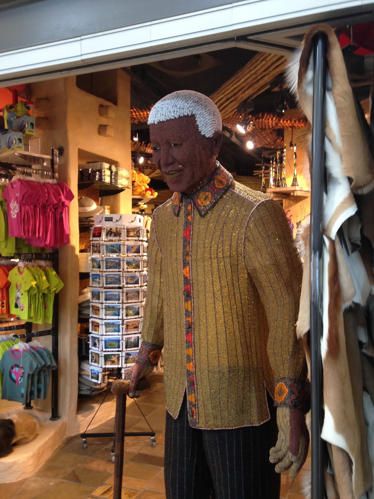 Lifesize Mandela figure made of beads
