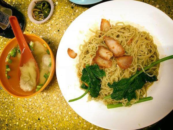 ワンタン・ミー(ワンタン麺)ドライ
