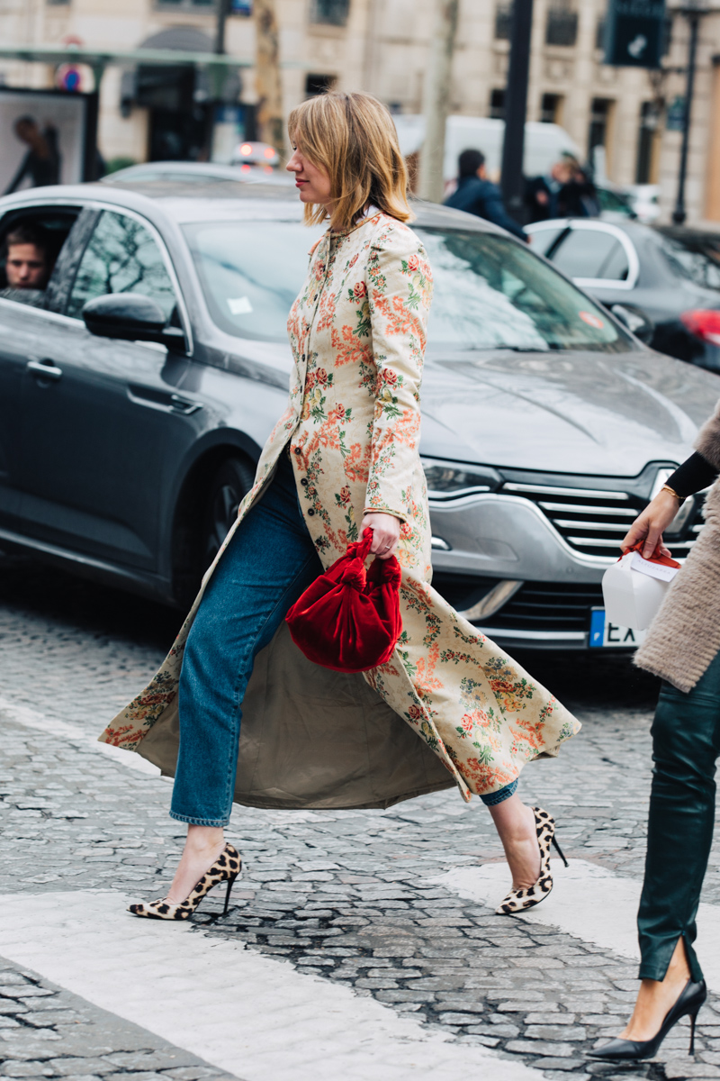 Spotted in Paris: Top-Handle Bags You Need to Buy Immediately